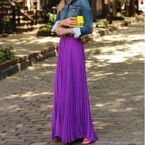 Gorgeous purple pleated dress